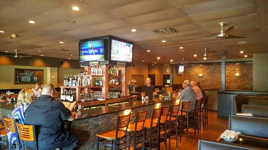 Newtown, PA: Friends Bar & Grille