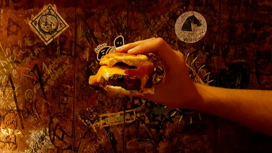 Burger Joint at Le Parker Meridien Hotel: 20160729_222427_large.jpg