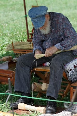York, NE: Broom making