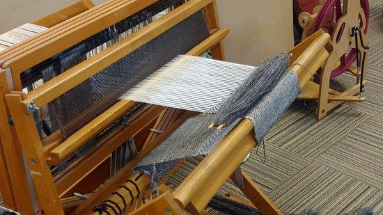 York, NE: Weaving