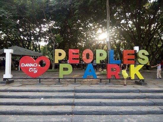 Davao City, Filippinerna: welcome to peoples park