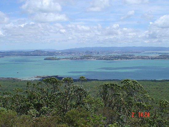 Rangitoto Island: looking toward downtown Auckland from the summit