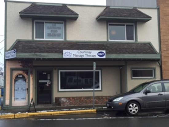 Located in beautiful downtown Courtenay
