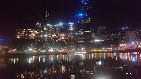 Crown Metropol Melbourne: 20160807_191533_large.jpg