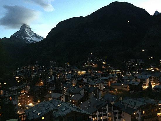 CERVO Zermatt: Zermatt night view photo point. Near cervo hotel