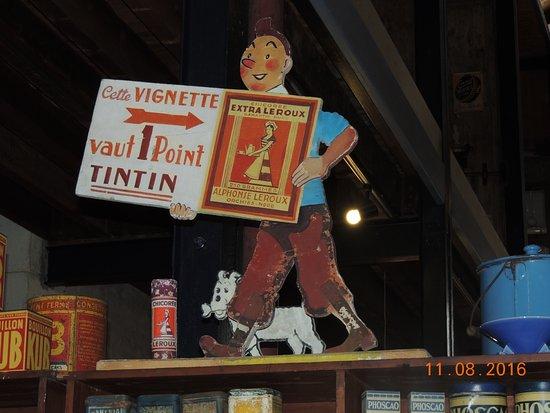Rochefort, France: la chicorée leroux , point a decouper pour avoir un cadeau