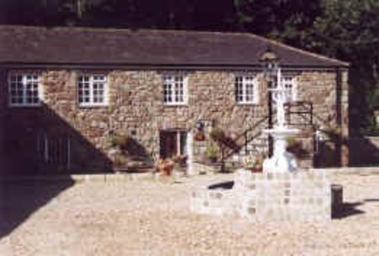 Treborth Hall Farm Caravan Site
