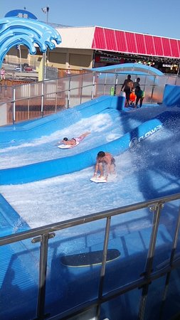 Surf eglencesi, Splash Zone Water Park, Wildwood, NJ