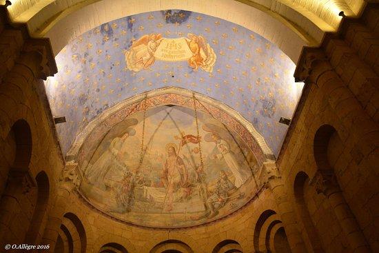 Cadouin, Francia: la magnifique fresque du Tympan