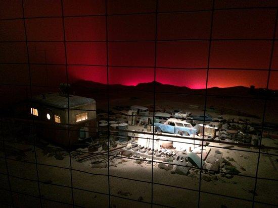 โอกแลนด์, แคลิฟอร์เนีย: Art Piece on 3rd floor