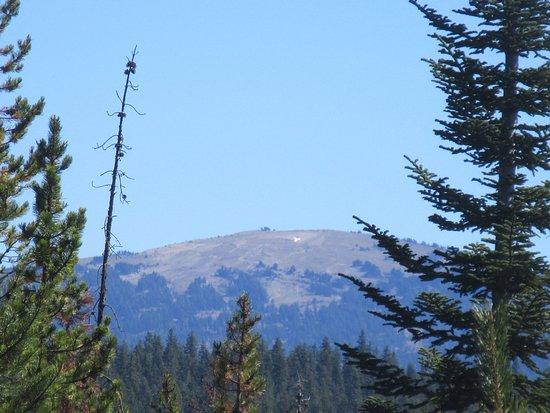 Diamond Lake, Oregón: Mount Bailey From Viewpoint, Cascade Range, Oregon