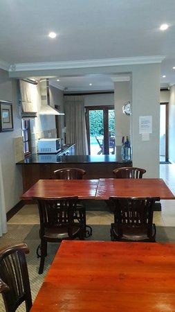 Durbanville, África do Sul: 20160819_181755_large.jpg