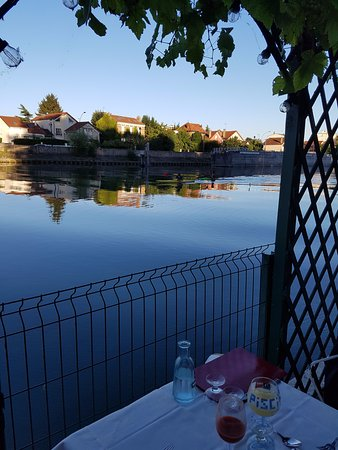 Créteil, France : nice view on the river Marne