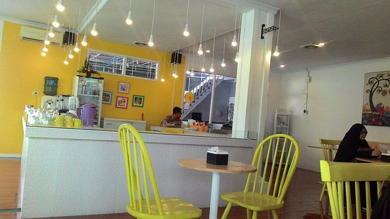 Yellow cafe and resto pekanbaru ulasan restoran
