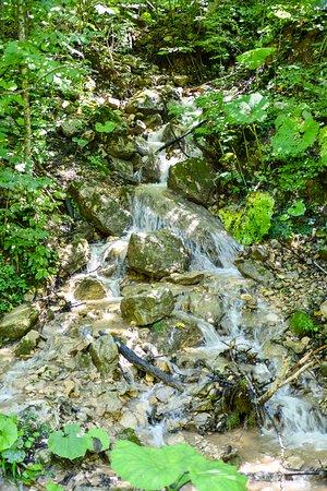 Krasnodar Krai, Rusia: Водопад после ущелья