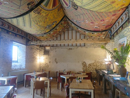 Beaminster, UK: Fascinating cafe interior