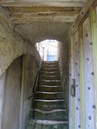 Beaminster, UK: Where do these much used steps go?