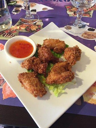 Chilly-Mazarin, Frankrijk: Beignets de poulet succulents