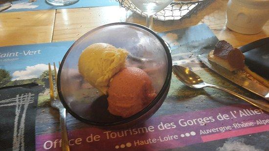 Saugues, Prancis: 20160730_145027_large.jpg