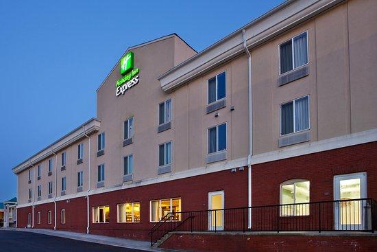 Commerce, GA: Hotel Exterior