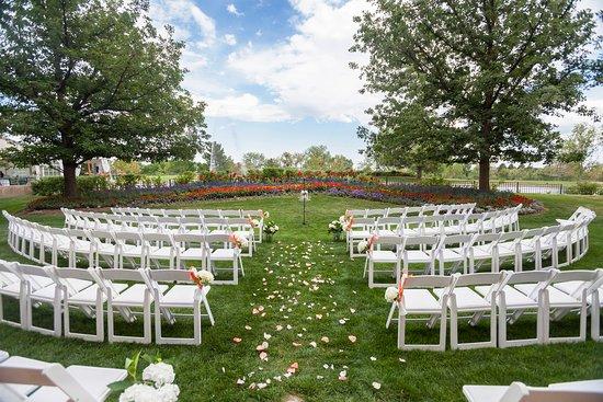 Englewood, CO: Inverness_EventSpace_SwanGardens_Wedding