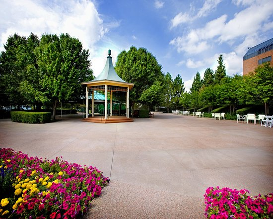 Englewood, CO: Inverness_EventSpace_MountainView