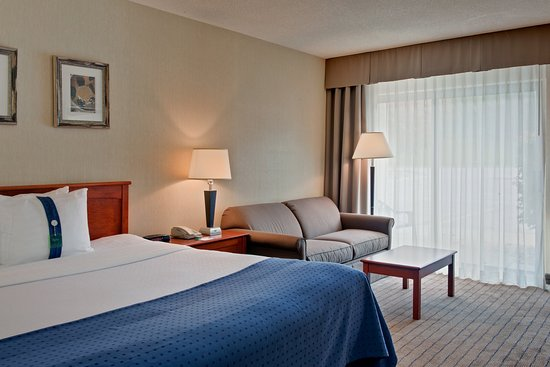 Holiday Inn Barrie Hotel & Conference Centre: Tower - Queen Executive Guest Room with elevator access