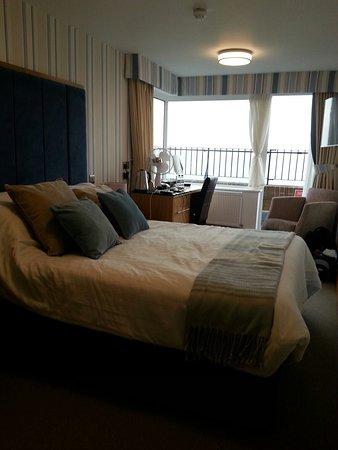 BEST WESTERN Princes Marine Hotel: 20160818_192639_large.jpg