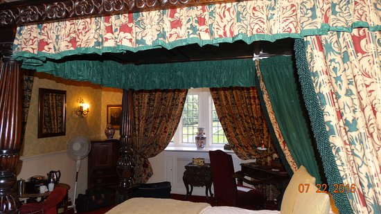 Coombe Abbey Hotel: Beautiful Room #140, with lovely views