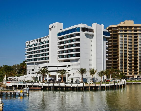 waterstone resort marina boca raton a doubletree by. Black Bedroom Furniture Sets. Home Design Ideas