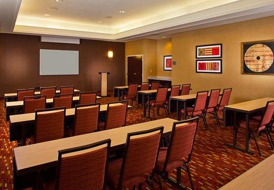 Metairie, LA: Meeting Room – Classroom Style