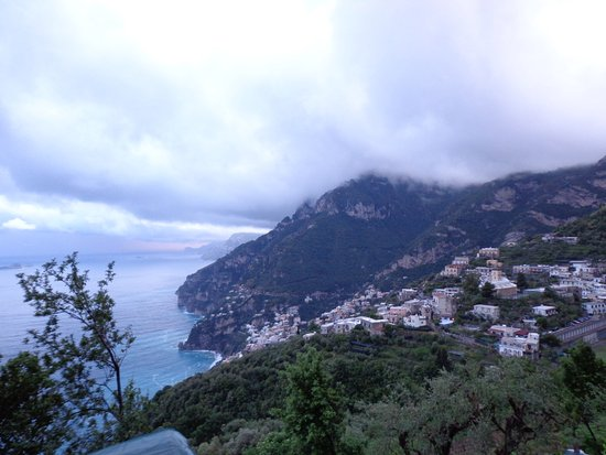 Montepertuso, Italia: Dinner in the clouds