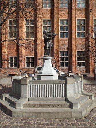 Pomnik Flisaka