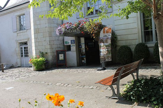 Office de Tourisme d\'Azay-le-Rideau - Picture of Office de Tourisme ...