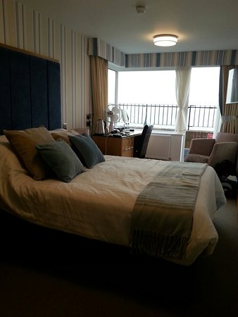 BEST WESTERN Princes Marine Hotel: Room 49 and view