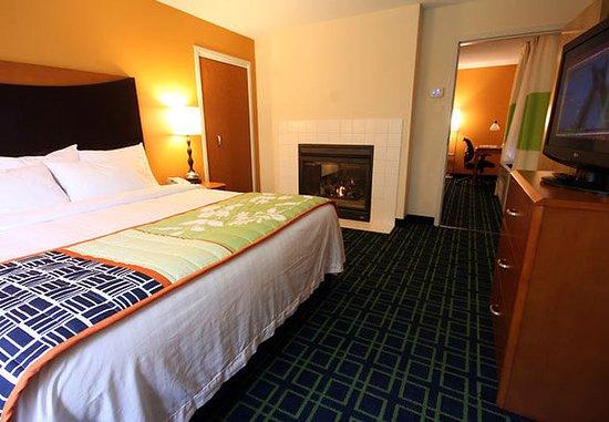 White River Junction, VT : One-Bedroom Suite
