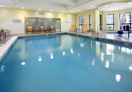Stow, โอไฮโอ: Indoor Pool & Spa
