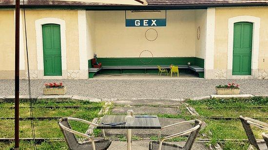 Gex, Francia: Coin jeux pour enfants