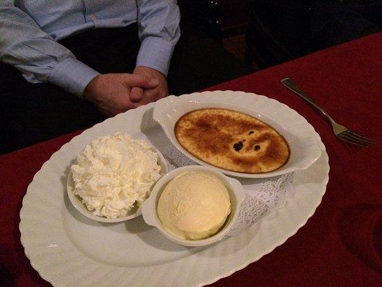 Vlaardingen, Ολλανδία: Crême Brulée van steranijs / Crème Brulée von Sternenanis