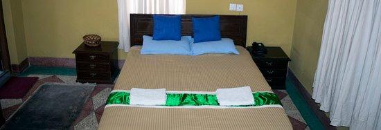 Hotel Horizon: Big bed