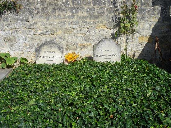 Auvers-sur-Oise, Francia: Tumbas de los hermanos Van Gogh
