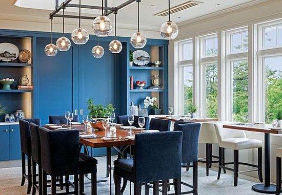 New Castle, Нью-Гэмпшир: SALT Kitchen & Bar – Dining Area