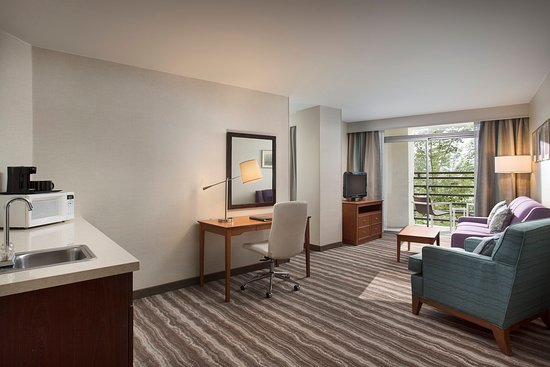 Lake Oswego, OR: Guest Room