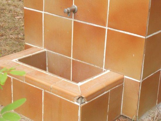 """Domaine Residentiel """"Eucalyptus Park"""" : autre point d'eau qui ne fonctionne pas"""