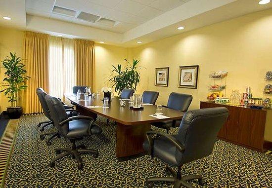 سبرنجهيل سويتس باي ماريوت دوليز إيربورت: Boardroom