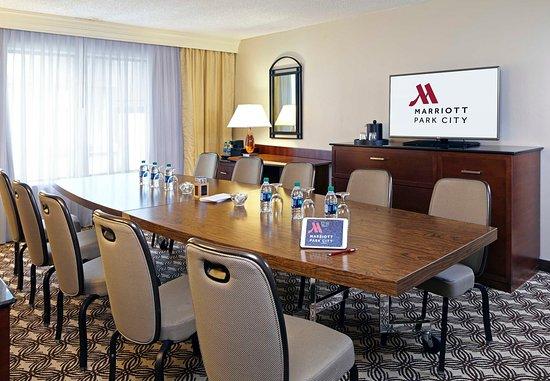 Park City Marriott: Boardroom