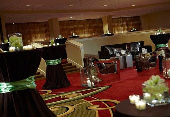 เบิร์กลีย์, มิสซูรี่: Penthouse Ballroom