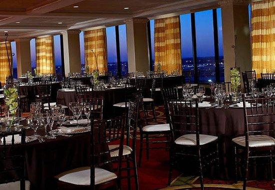 เบิร์กลีย์, มิสซูรี่: Renaissance Ballroom