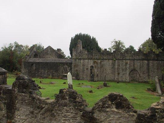 Malahide, Ierland: развалины на территории замка