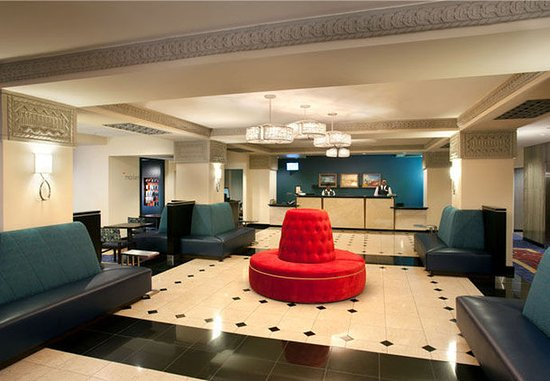 Courtyard Fort Worth Downtown/Blackstone: Lobby